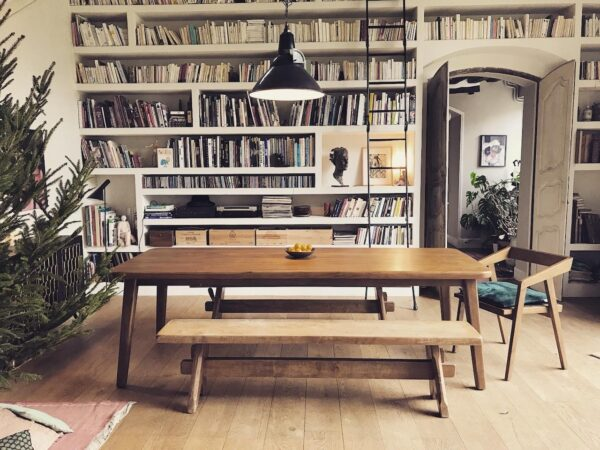grande-table-a-manger-repas-bois-marron-teck-design-vintage-table-de-ferme