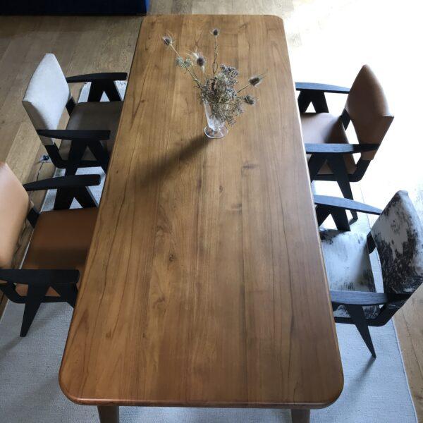 table-a-manger-repas-bois-marron-teck-design-vintage-table-de-ferme
