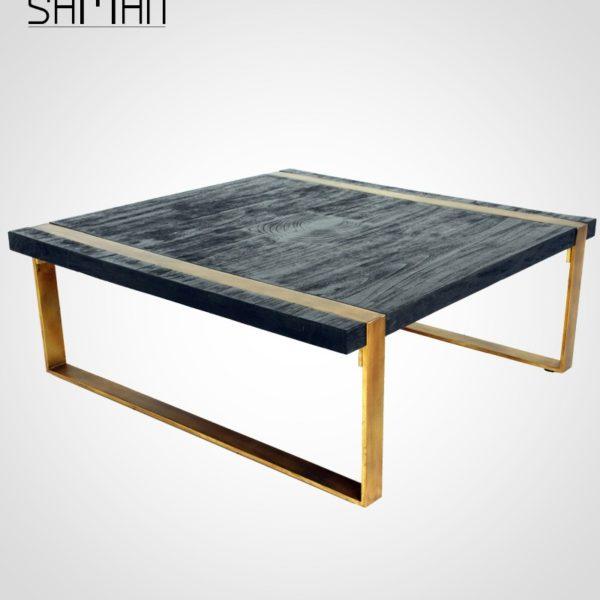 Table basse noire en teck massif et métal patiné doré, finition bois brûlé anthracite Maison Saman design japonais
