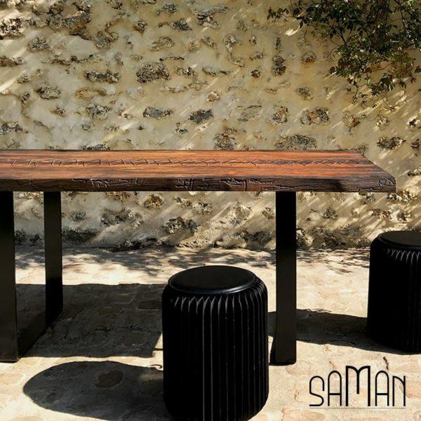 Table à manger bureau teck massif live edge laçage fil de cuivre pieds acier métal bois brulé