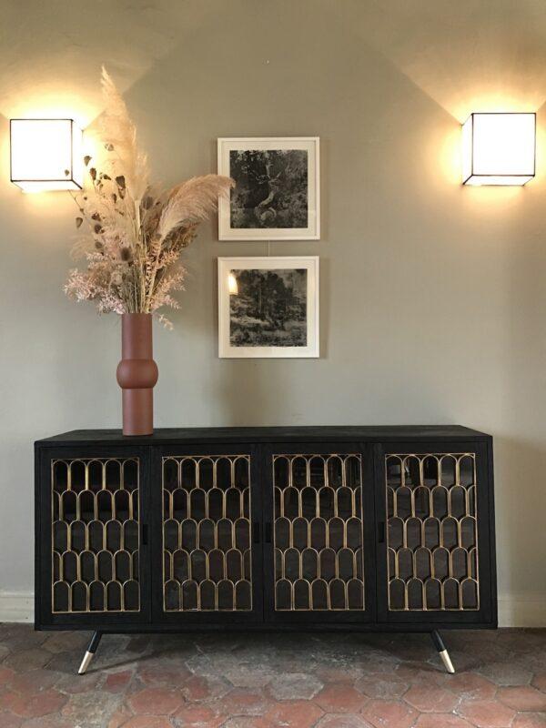 Buffet-meuble-de-rangement-bois brulé-shou-sugi-ban-noir-doré-portes-art déco