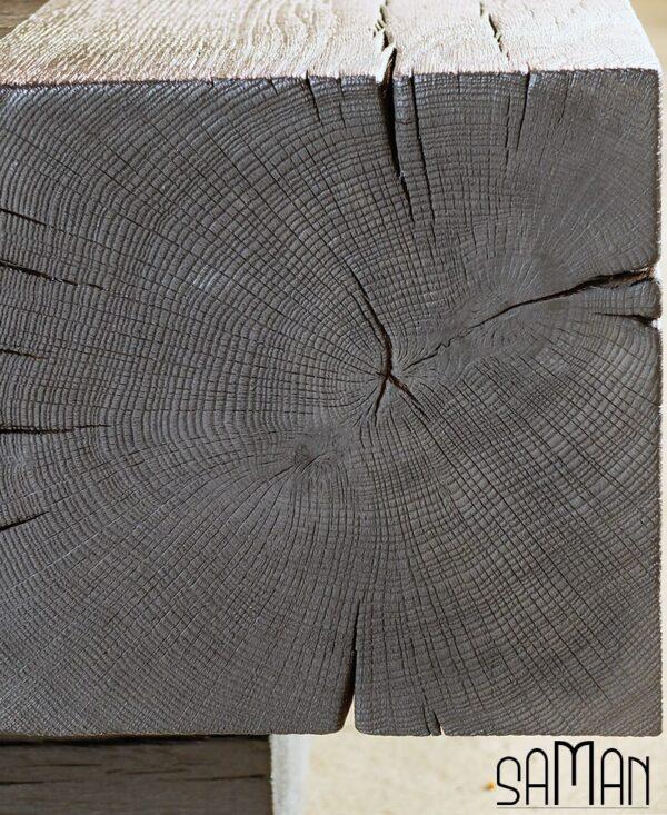 Detail bois de bout table basse en poutre de chene brulé noir yakisugi style bauhaus