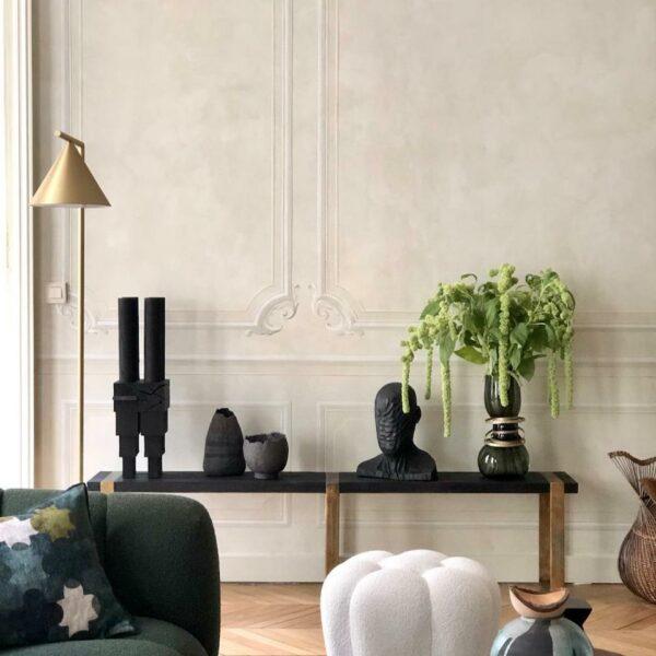 banc-bois-brulé-noir-vintage-pieds-métal-noir-et-doré-shou-sugi-ban-décoratif