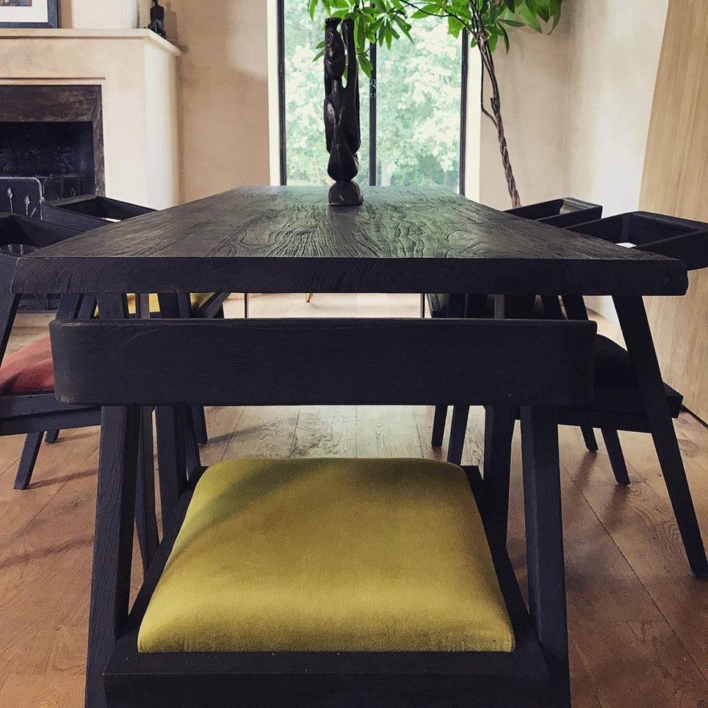 Table-de-repas-table-a-manger-bois-brûlé-noir-shou-sugi-ban-live-edge