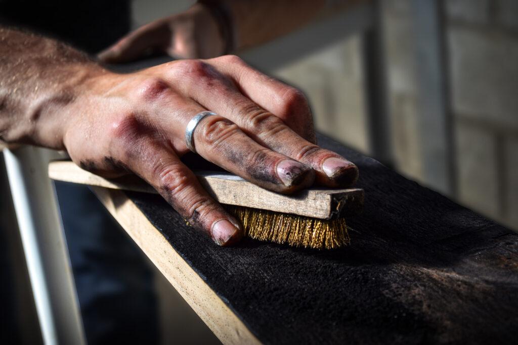 bois-brûlé-artisanat-art-antoine-horlait