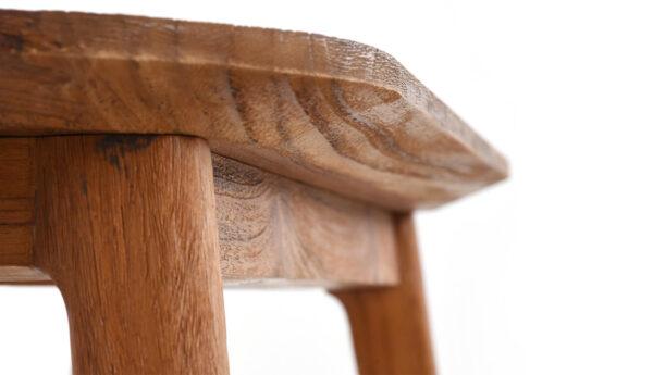 Banc-bois-clair-bords-arrondis-vintage-décoration-entrée-laiton-design.JPG